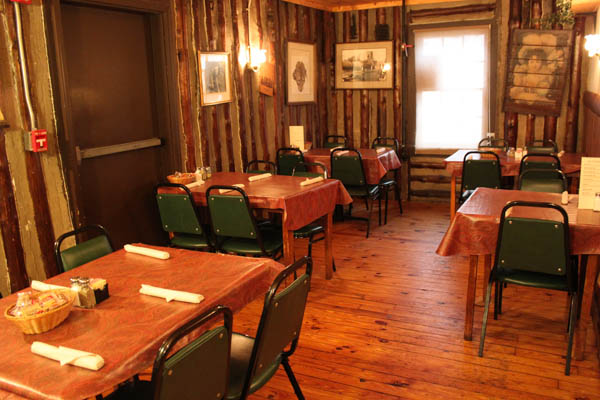 Our Dining Meeting Rooms Provide Equipment For A Presentation And Plenty Of E Your Business Or Private Meetings